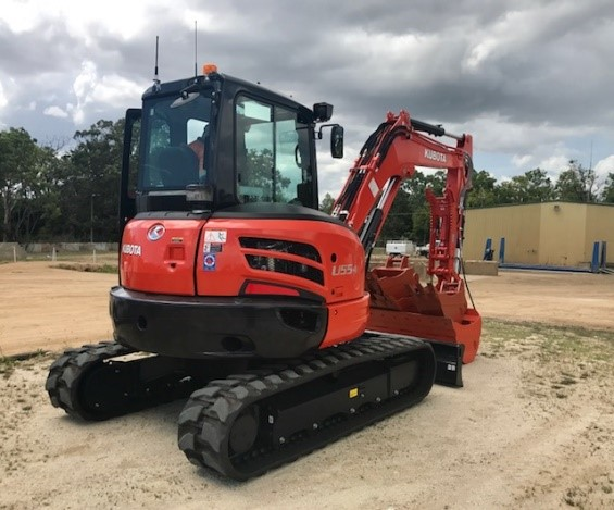 2017 Kubota U55-4 Excavator with 300mm, 450mm & 600mm GP Buckets, Tilt Mud Bucket, Peter Gardner Hydraulic Thumb, Hydraulic Hitch